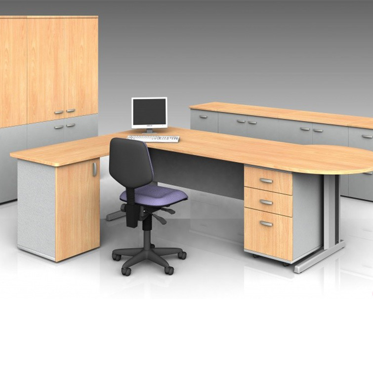 P-Shaped Panel End Office Desk