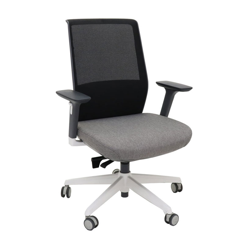 TF Motion Mesh Chair