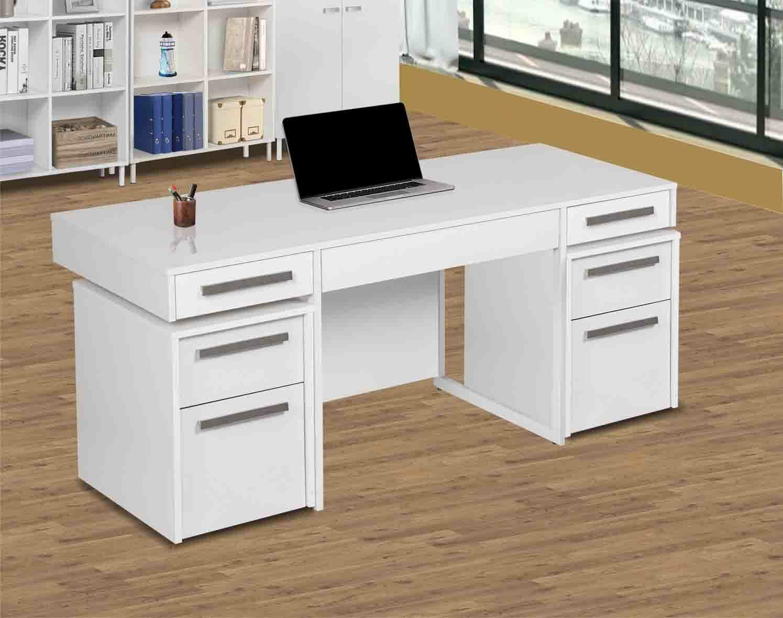 Alaska Manager Desk with 2 Matching Mobile Pedestals